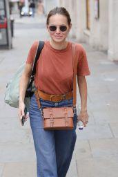 Kara Tointon in Flared Denim Trousers and Beige T Shirt - London 09/12/2021