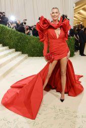 Karlie Kloss – 2021 Met Gala