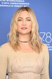 """Kate Hudson - """"Mona Lisa And The Blood Moon"""" Photocall at the 78th Venice International Film Festival"""