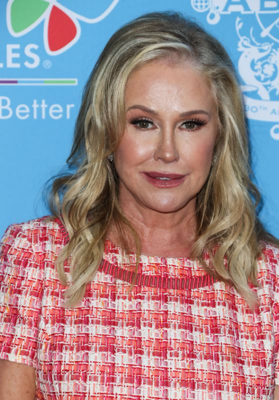 Kathy Hilton – 16th Annual Toy Drive For Children's Hospital Los Angeles 09/21/2021