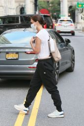 Katie Holmes Wearing Champion Sweatpants and a Crop Top - NYC 09/02/2021