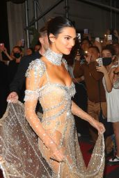 Kendall Jenner - Leaving for the Met Gala in New York 09/13/2021