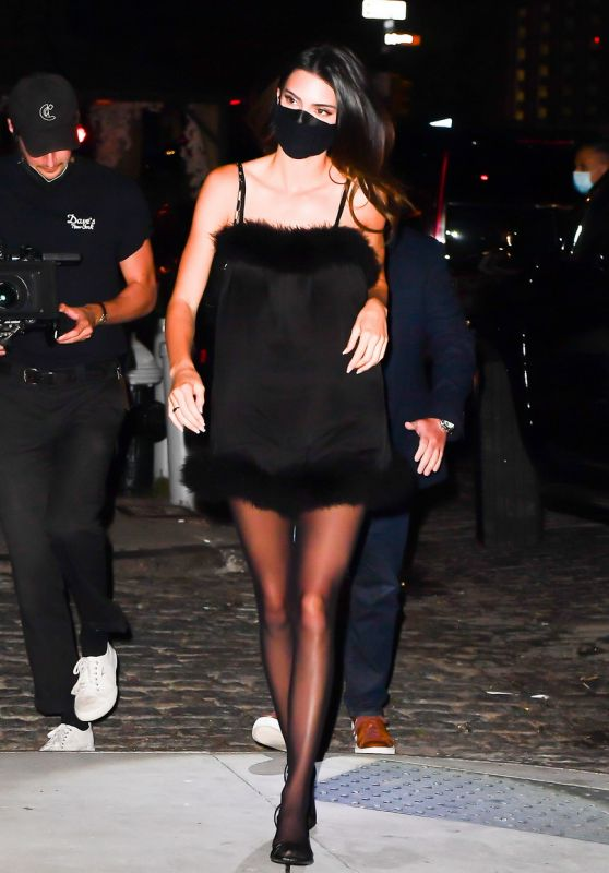 Kendall Jenner - Out During NYFW 2021 in NYC 09/10/2021