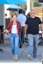 Kendra Wilkinson - Shopping in Beverly Hills 09/14/2021
