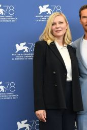 """Kirsten Dunst - """"The Power Of The Dog"""" Photocall at the 78th Venice International Film Festival 09/02/2021"""