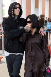 Kourtney Kardashian - Departing From Venice 08/31/2021