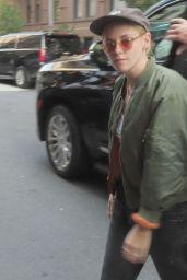 Kristen Stewart - Arrives at Carlyle in New York 09/14/2021