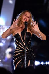 Kylie Minogue - Performs at Global Citizen Live in London 09/25/2021