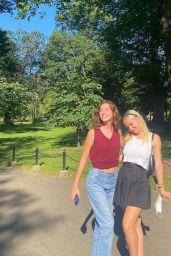 Lilia Buckingham - Live Stream Video and Photos 09/29/2021
