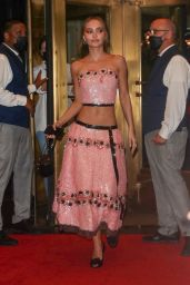 Lily-Rose Depp - Leaves the Carlyle Hotel for the Met Gala in New York 09/13/2021