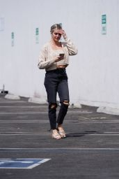 Lindsay Arnold - DWTS Rehearsal Studio in Hollywood 09/08/2021