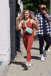 Lindsay Arnold - Leaves DWTS Rehearsal Studio in Los Angeles 09/21/2021