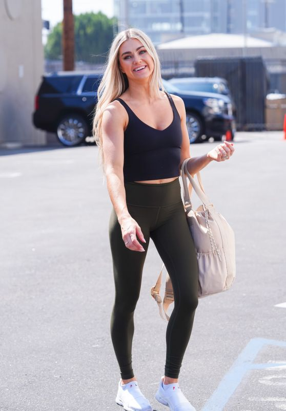 Lindsay Arnold - Outside DWTS Rehearsal Studio in LA 09/17/2021