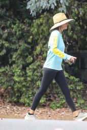 Lisa Rinna - Hike at Franklin Canyon in Beverly Hills 09/17/2021