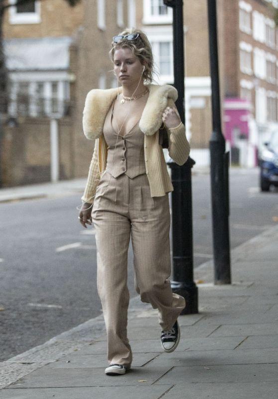 Lottie Moss - Out in Notting Hill, West London 09/01/2021