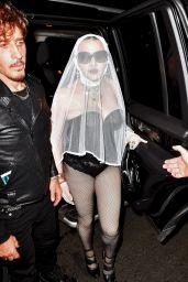 Madonna - Leaving a VMA