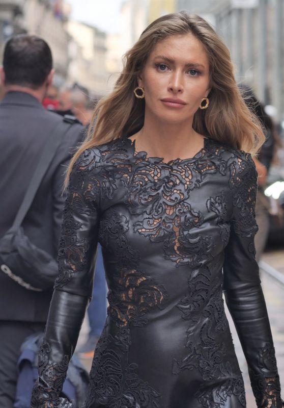 Maja Malnar – Ermanno Scervino Fashion Show in Milan 09/25/2021