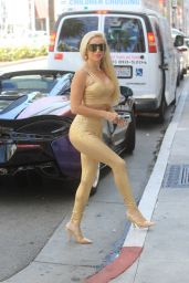 Marcela Iglesias - Shopping in Beverly Hills 09/23/2021