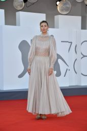 "Maria Sharapova – ""Illusions Perdues"" Red Carpet at the 78th Venice International Film Festival"