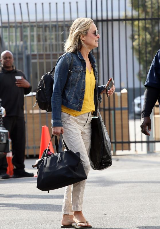 Melora Hardin - Arriving at the DWTS Rehearsal Studio in LA 09/29/2021