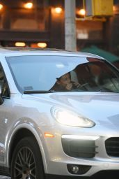 """Mila Kunis - Filming a Night Scene on the Set of """"Luckiest Girl Alive"""" in NY 09/02/2021"""