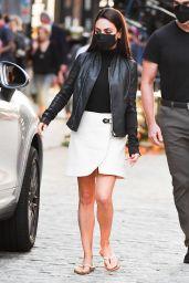 "Mila Kunis - ""Luckiest Girl Alive"" Filming Set in NY 09/02/2021"