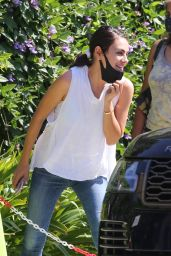 Mila Kunis - Out in Los Angeles 09/21/2021