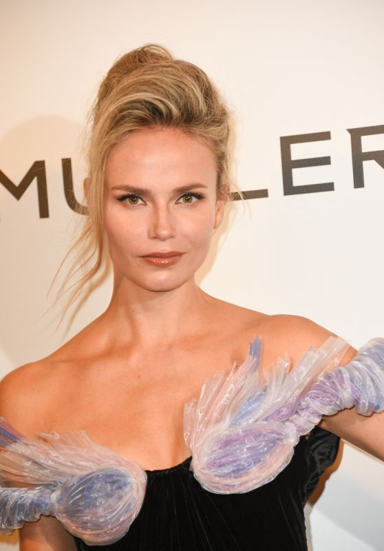 Natasha Poly – Thierry Mugler: Couturissime Exhibition Opening Ceremony in Paris 09/28/2021