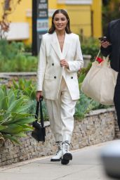 Olivia Culpo - Out in Beverly Hills 09/27/2021