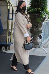 Olivia Munn - Out in New York 09/10/2021