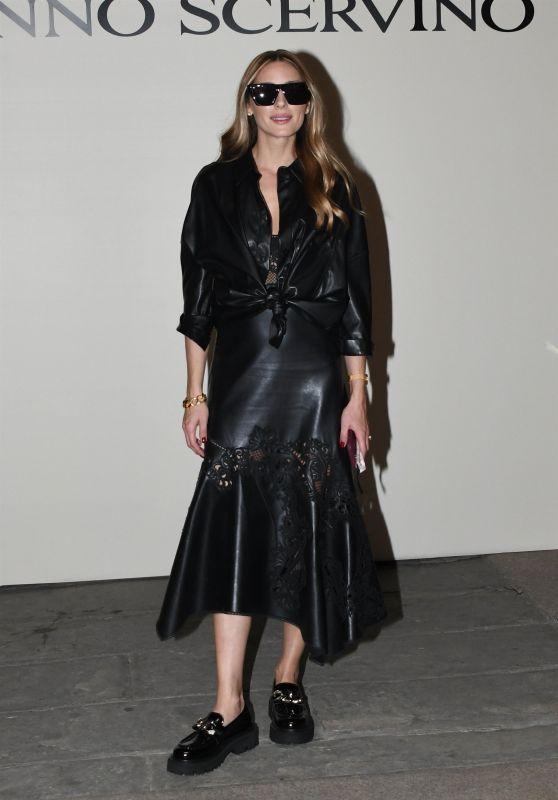 Olivia Palermo - Milan Fashion Week 09/25/2021