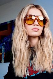 Olivia Scott Welch - Photoshoot September 2021