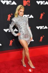 Paris Hilton – 2021 MTV Video Music Awards