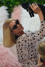 Paris Hilton - Photoshoot at Crumbs and Whiskers in West Hollywood 09/02/2021