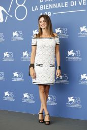 """Penelope Cruz – """"Official Competition"""" Photocall at the 78th Venice International Film Festival"""