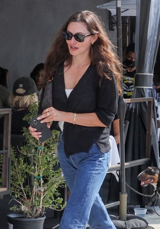 Phoebe Tonkin - Out in West Hollywood 09/28/2021