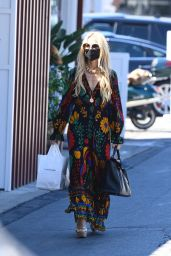 Rachel Zoe Wears a Colorful Maxi Dress - Shopping at the Brentwood Country Mart 09/04/2021
