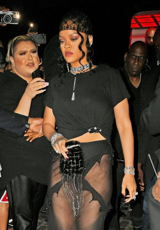 Rihanna – Heading to a Met Gala After Party in NYC 09/13/2021