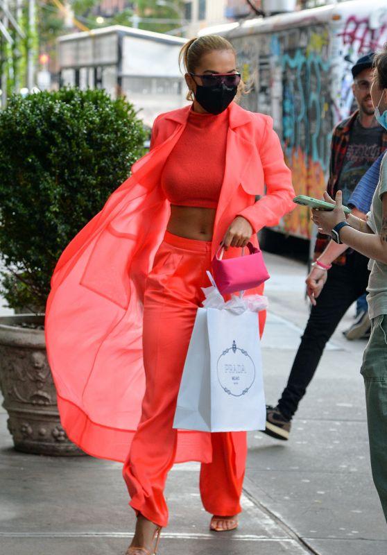 Rita Ora - Shopping in New York 09/10/2021