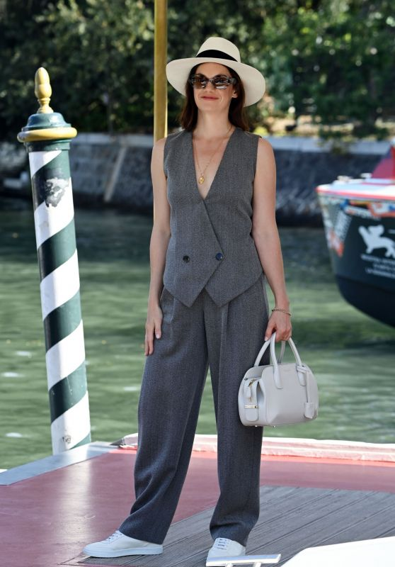 Ruth Wilson – Arriving at the Hotel Excelsior in Venice 09/05/2021