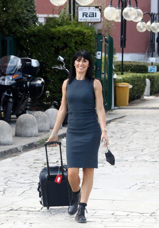 Sara Di Vaira Arriving at DWTS Rehearsals in Rome 09/24 ...