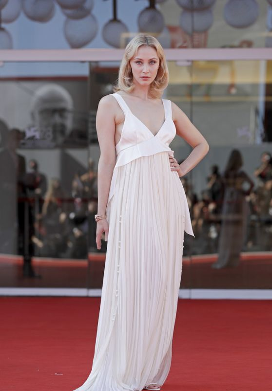 """Sarah Gadon – """"The Power Of The Dog"""" Premiere at the 78th Venice Film Festival"""