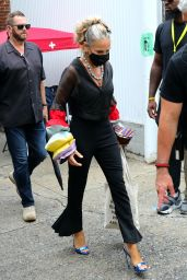 """Sarah Jessica Parker - """"And Just Like That"""" Set in Brooklyn 09/09/2021"""