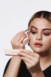 Selena Gomez - Live Stream Video and Photos 09/01/2021