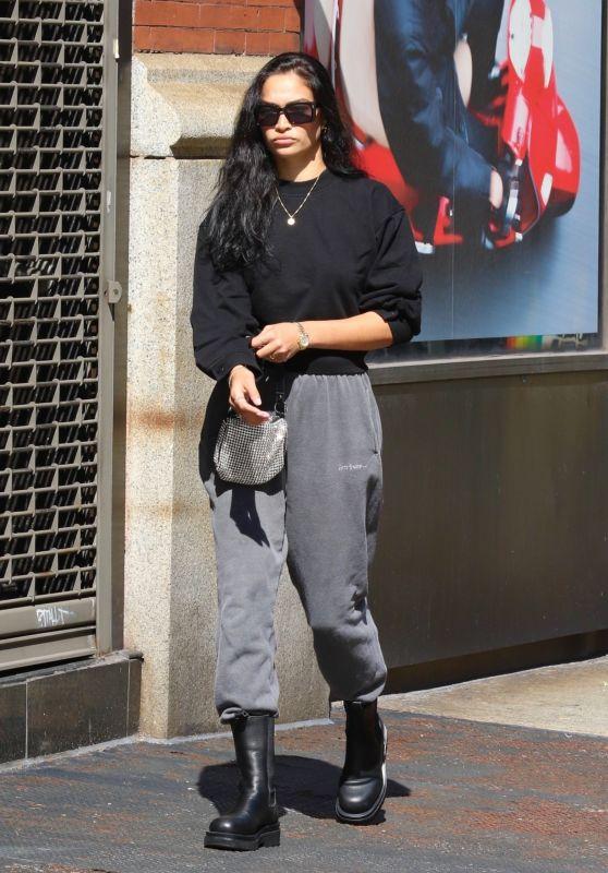 Shanina Shaik Cozy Look - New York 09/25/2021