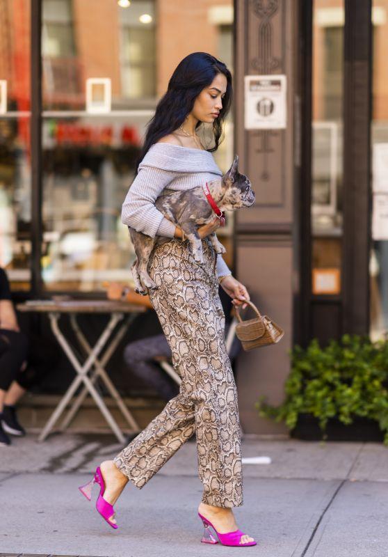 Shanina Shaik - Out in New York City 09/26/2021