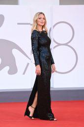 Virginie Efira – Venice Film Festival Closing Ceremony 09/11/2021