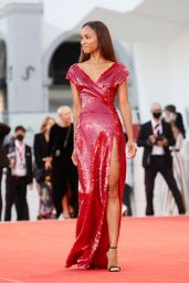 "Zoe Saldana - ""The Hand Of God"" Premiere at the 78th Venice Film Festival"