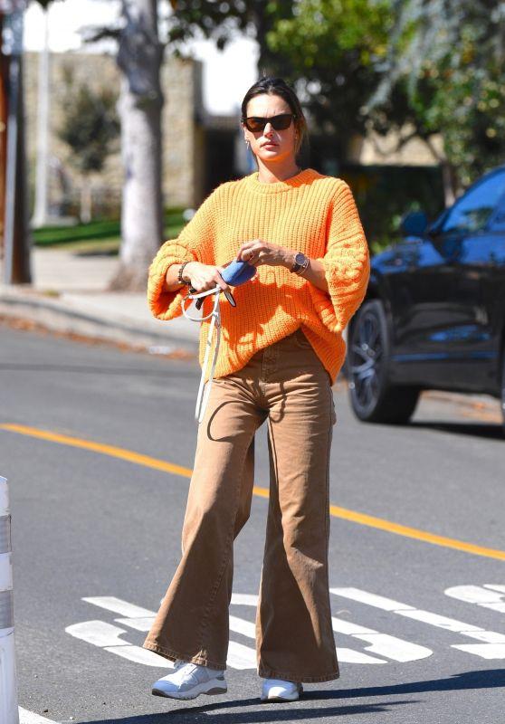 Alessandra Ambrosio Street Style - Brentwood 10/18/2021