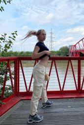 Aleyna Tilki - Live Stream Video and Photos 10/07/2021